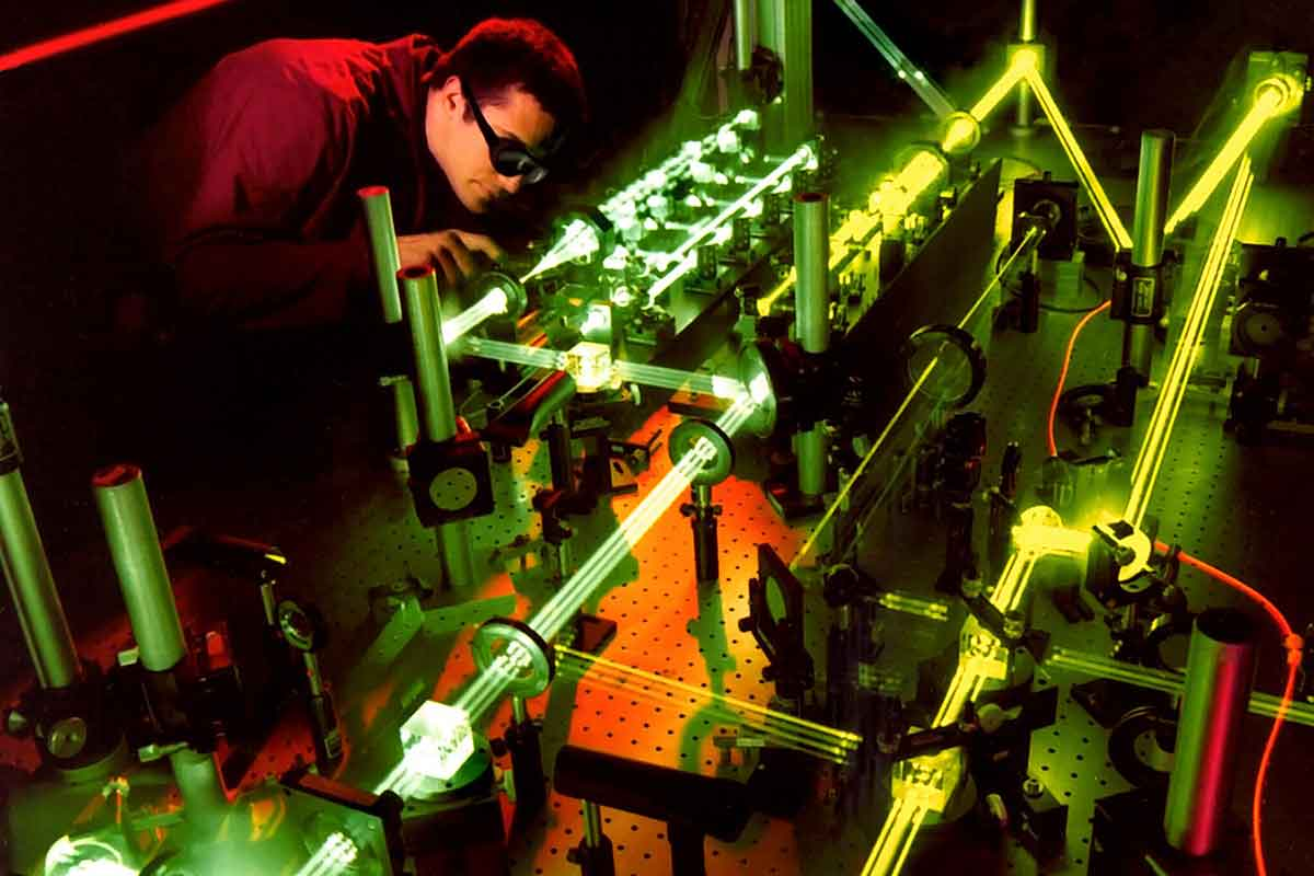 laser fields lab engineer optical light